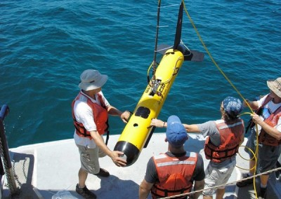 C3D-Side-Scan-Sonar-being-deployed-off-ship-400x284 mechanical product development - Converse Design Engineering